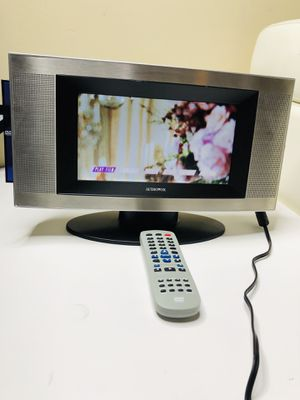 audiovox 9 LCD tv whit dvd / CD player whit remote for Sale in Tampa, FL