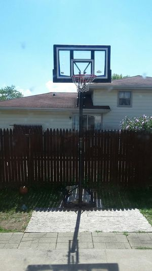 Portable basketball hoop for Sale in Chicago Heights, IL