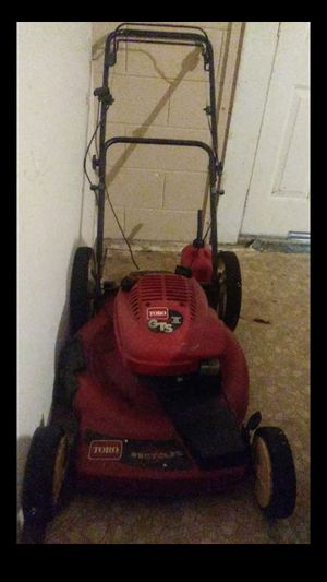 Lawn mower (GTS TORO 195CC ) for Sale in Kissimmee, FL