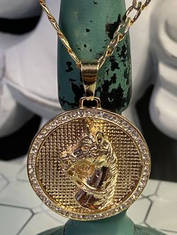 """Horse Medallion Pendant With Chain Necklace 24"""" 5mm for Sale in Nashville,  TN"""