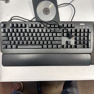 ONN mechanical Keyboard for Sale in North Ridgeville, OH
