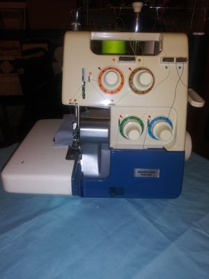 Handy lock Model H 942 Serger price reduced! for Sale in Grants Pass, OR