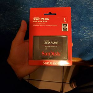 SanDisk SSD PLUS 1TB Solid State Drive - SDSSDA-1T00-G26 for Sale in Los Angeles, CA