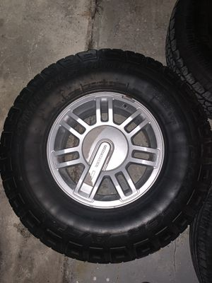 Hummer H3 Tires and Rims! 5 units for Sale in North Miami, FL