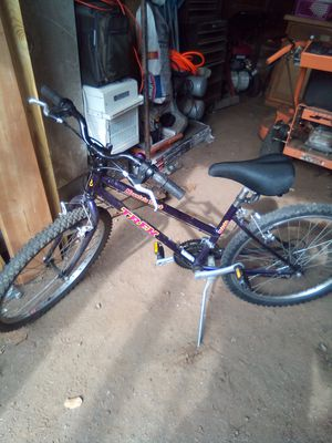 """Trex 24"""" girls bike. Everything works for Sale in Sandy Hook, CT"""