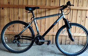 21 speed Mountain Bike for Sale in Columbus, OH