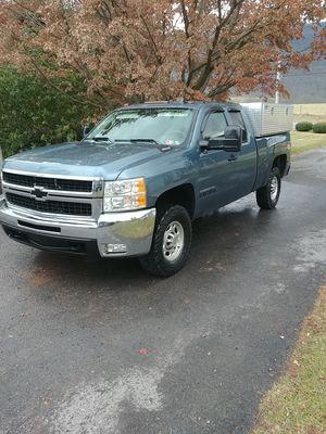 2007 Chevy Silverado 2500hd truck for Sale in Belleville, PA