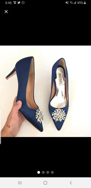 Badgley mischka pump size 6 like new for Sale in Silver Spring, MD