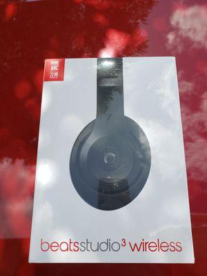 New Beats Studio 3 wireless Headphones for Sale in Lutz, FL