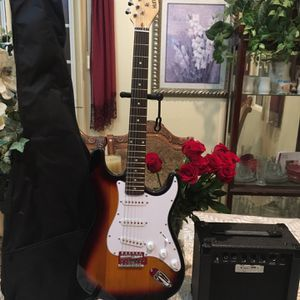 Huntington Electric Guitar Package for Sale in Bell Gardens, CA