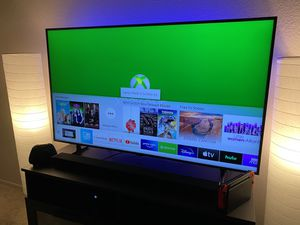 Samsung RU8000 55 Inch Premium Smart 4K UHD HDR TV for Sale in San Diego, CA