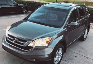 SELLING HONDA CRV 4 CYLINDERS for Sale in Columbus, OH