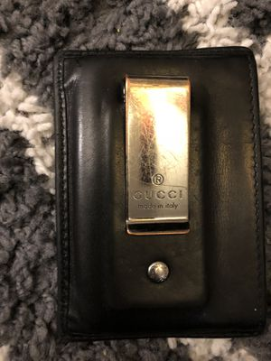 Gucci wallet for Sale in District Heights, MD