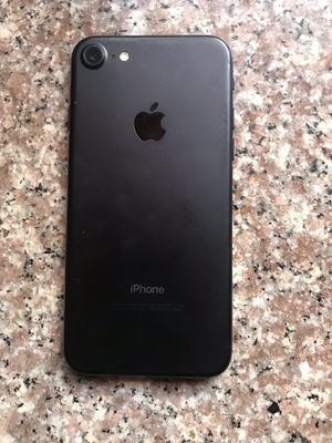 iPhone 7 32 gbs para sprint for Sale in Los Angeles, CA