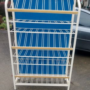 Display Rack for Sale in Bonney Lake, WA