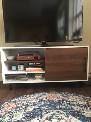 TV STAND WITH STORAGE for Sale in Millvale, PA