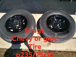 2 rim 6 lugs chevy or gmc for Sale in Fresno, CA