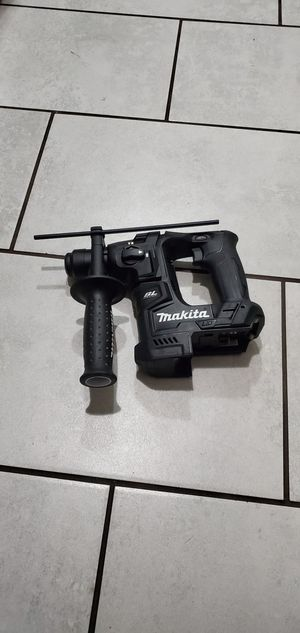 MAKITA 18 VT BRUSHLESS SDS PLUS ROTARY HAMMER NEW TOOL ONLY NO BATTERIE for Sale in Long Beach, CA