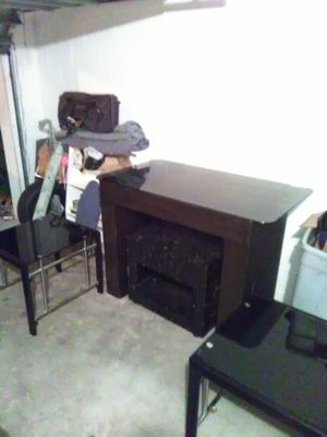 Bar table and matching end tables with tempered glass for Sale in Lakeland, FL