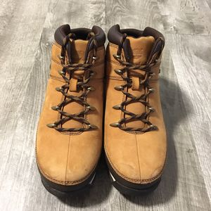 Timberland Brown Suede Ankle Trail Hiking Boots Boys Size 6.5 for Sale in Dallas, TX