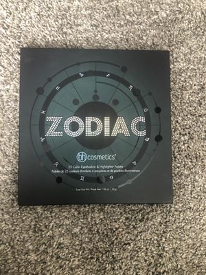 Bh cosmetics zodiac eyeshadow palette for Sale in Minneapolis, MN