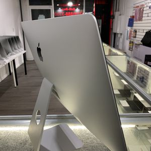 iMac (Retina 5k 27-inch)-4GHz Intel Core I7-16GB memory -3T Fusion hard drive for Sale in Los Angeles, CA