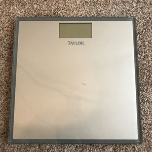 Bathroom Scale for Sale in Leander, TX