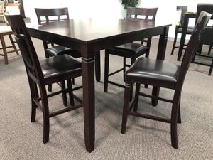 5 PC DINING TABLE SET for Sale in Fontana, CA