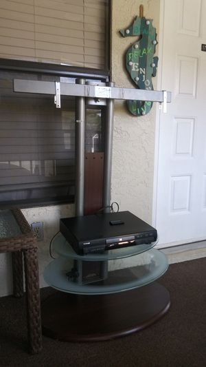 Tv stand with dvd player good condition for Sale in Fort Myers, FL