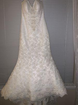 Oleg Cassini Wedding dress with veil for Sale in Atlanta, GA