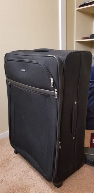 Samsonite Luggage - Large for Sale in Mountain View, CA
