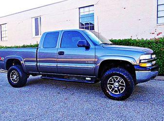 ֆ12OO 4WD Chevrolet SIlverado 4WD for Sale in San Diego,  CA