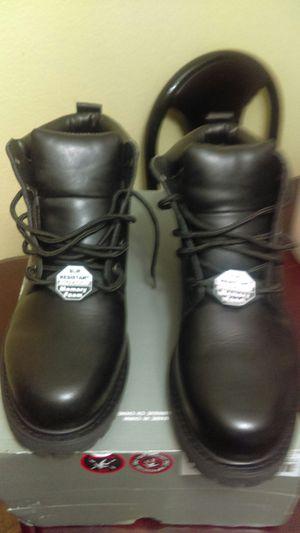 Botas nuevas size 13 de hombre marca skechers no tienen casquillo new never used for Sale in Baldwin Park, CA