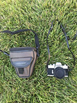 Minolta camera w/ bag for Sale in Chico, CA