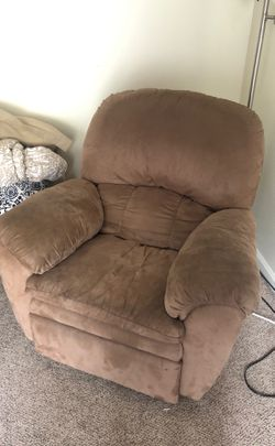 Recliner for Sale in Morgantown,  WV