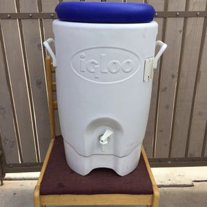 Igloo 5 Gallon Cooler for Sale in Chandler, AZ