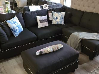 FREEE DELIVERY ‼️NEW BLACK SECTIONAL WITH OTTOMAN for Sale in Oviedo,  FL