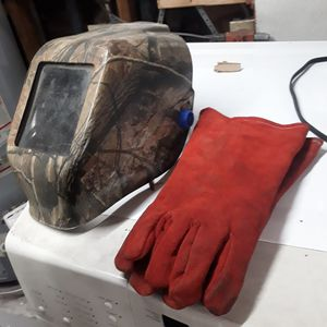 Welding mask, and gloves . for Sale in San Diego, CA