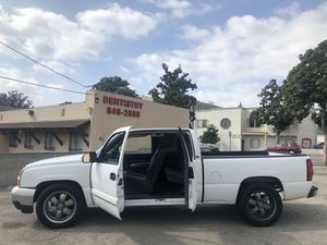 Let's 2006 Chevy Silverado LT 1500, extended cab, AC works great, Hester works good! just got the smog! It's in good condition interior and mechanic for Sale in Burbank, CA