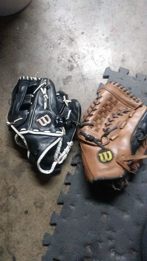 """12"""" black Wilson softball glove and 13 1/2"""" wilson pasree w for Sale in Fullerton, CA"""