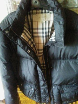 AUTHENTIC BURBERRY GOOSED DOWN JACKET, LADIES SIZE XL for Sale in Silver Spring, MD