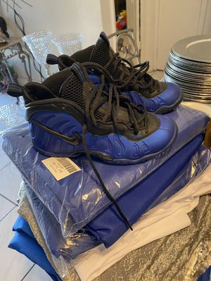 Foams size 4 for Sale in Sunrise, FL