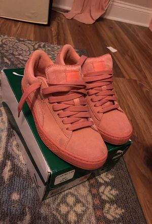 Pink pumas for Sale in Pittsburgh, PA