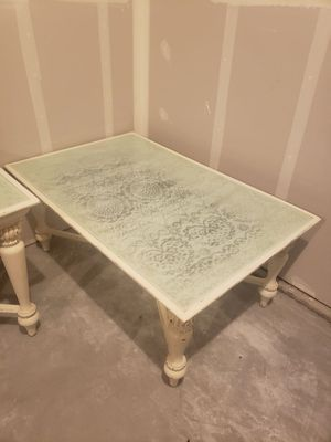 Lace patterned glass top coffee & end table for Sale in Yelm, WA