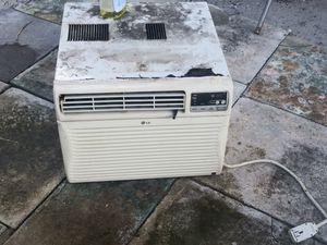 window AC 10000 btu price 60.. for Sale in Fort Lauderdale, FL