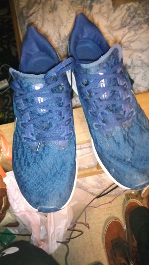 Men's Blue Nike Zooms size 10 for Sale in Columbus, OH
