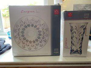 Brand new in box RCR crystal flower vase and serving plate for Sale in San Diego, CA