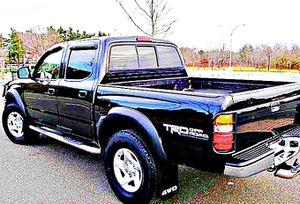 ֆ14OO 4WD Toyota Tacoma 4WD for Sale in Tyler, TX