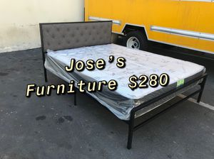 QUEEN SIZE BED(MATTRESS INCLUDED) for Sale in Paramount, CA