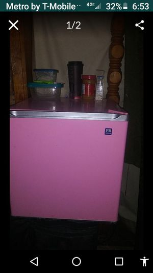 Mini fridge PINK Pottery Barn Collection. for Sale in Hurst, TX